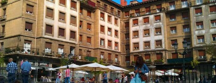 Plaza de Miguel de Unamuno is one of let's get Bilbao's badge (Spain) #4sqCities.