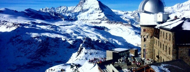 Gornergrat is one of Bahnhöfe Top 200 Schweiz.