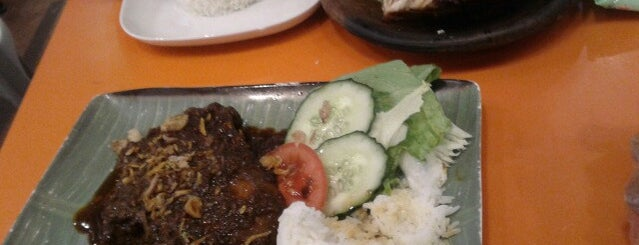 Warung Chandra 印尼美食館 is one of wanna try next.