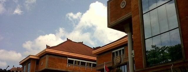 Fakultas Kedokteran is one of Universitas Udayana Kampus Sudirman.
