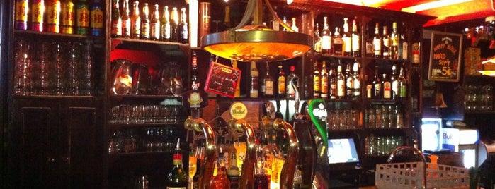 Café Klein Holland is one of Bars du Jeudi.