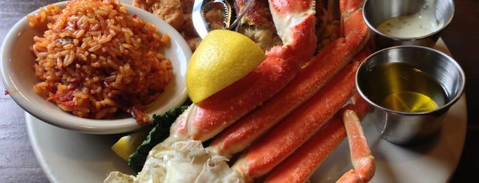 Charleston Crab House is one of Charleston to do list.