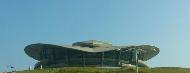 Putrajaya International Convention Centre (PICC) is one of stadium.
