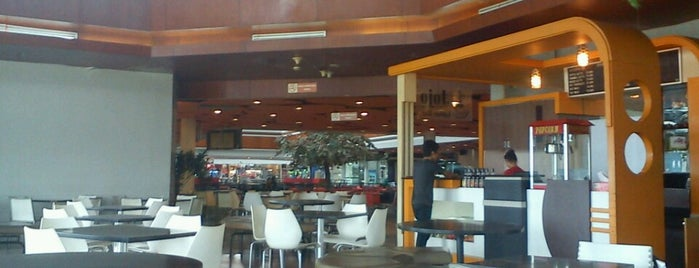 Food Court is one of Must-visit Food in Pontianak.