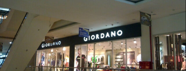 Giordano is one of Plaza Mulia.
