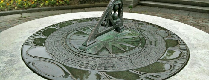 Sundial is one of Public Art in Philadelphia (Volume 3).
