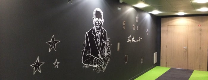Leo Burnett France is one of Bureaux à Paris.