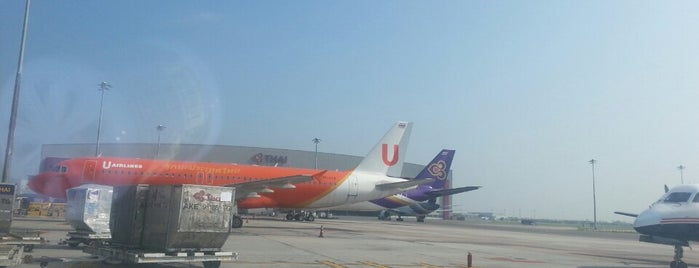 Stand 114L is one of TH-Airport-BKK-3.