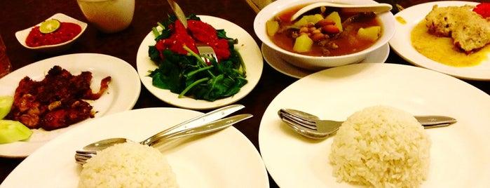Ayam Tulang Lunak Malioboro is one of Kuliner Wajib @Surabaya.