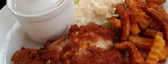 Fatisha Mushroom Garden Cafe is one of Cafe & Kopitiam.