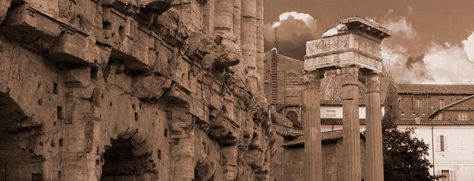 Teatro di Marcello is one of Top 10 historical sights.
