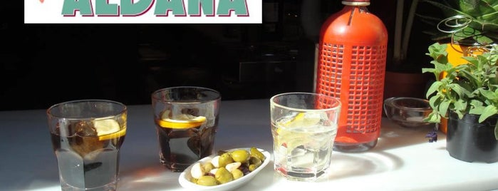 Jonny Aldana Bar is one of Vermut-hipes!.