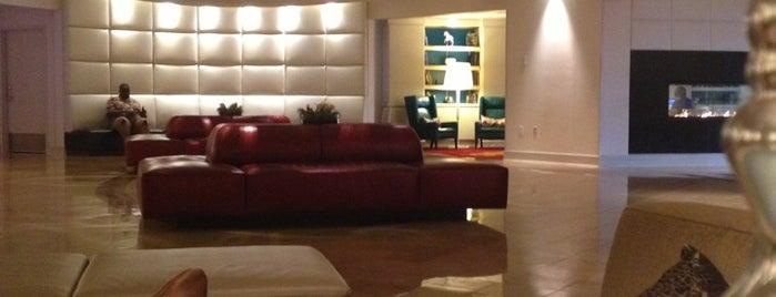 Renaissance Newark Airport Hotel is one of Ren.