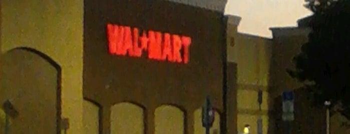 Walmart Supercenter is one of Orlando - Compras (Shopping).