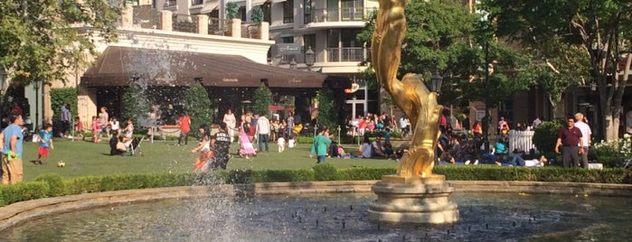Fountain at The Americana is one of Guide to Los Angeles's best spots.