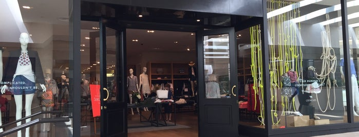 J.Crew is one of Guide to Los Angeles's best spots.