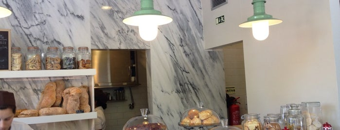 O Pão Nosso is one of Coffee places in Lisbon.