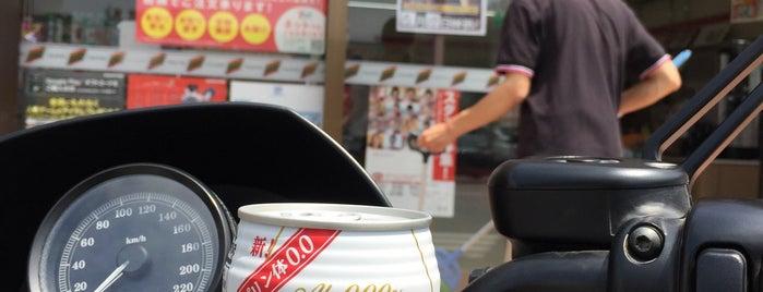 セブンイレブン 柳川三橋町店 is one of セブンイレブン 福岡.