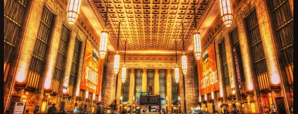 30th Street Station (ZFV) is one of Facts.