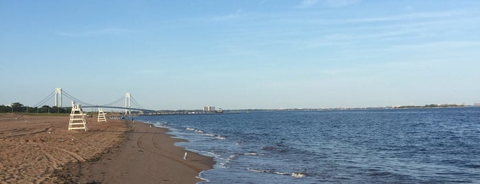 Midland Beach is one of Great Outdoor and Swimmies.