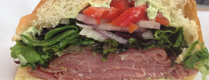 eatZi's Market & Bakery is one of * Gr8 Sandwich & Lunch  Shops In Dallas.
