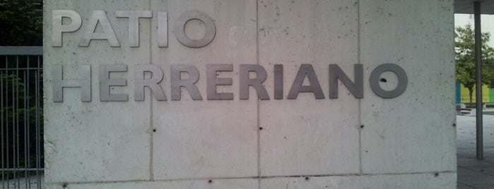 Patio Herreriano is one of Pucela imprescindible.