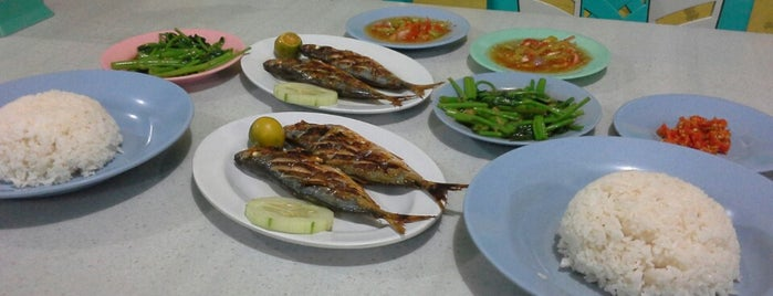 """RM. Ikan Bakar Khas """"OM RICO"""" is one of Gereja Katolik Bunda hati kudus kairagi."""