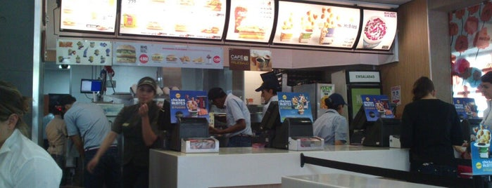 McDonald's is one of Must-visit Food in Bogotá.