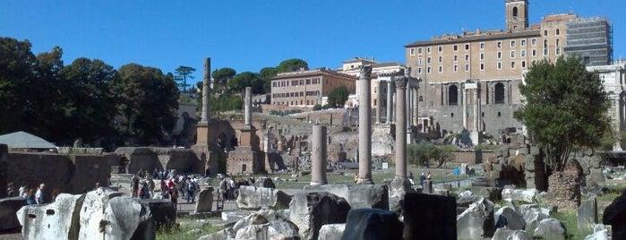 Foro Romano is one of Da non perdere a Roma.