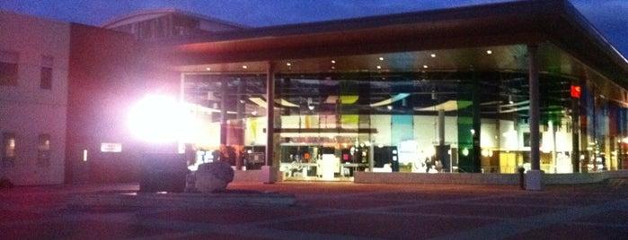Shenkman Arts Centre / Centre des Arts Shenkman is one of Vibrant Cities.