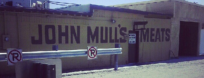 John Mull's Meats and Road Kill Grill is one of Triple D Checklist.