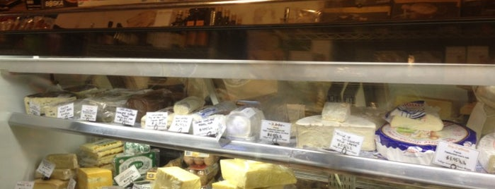 Village Gourmet Cheese Shoppe is one of Hamptons!.
