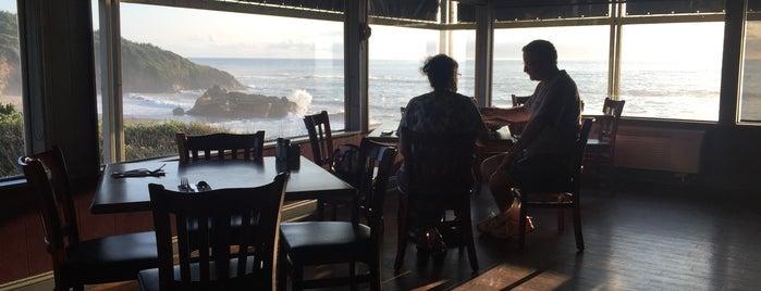 Surfrider Restaurant is one of Robert's Tips.