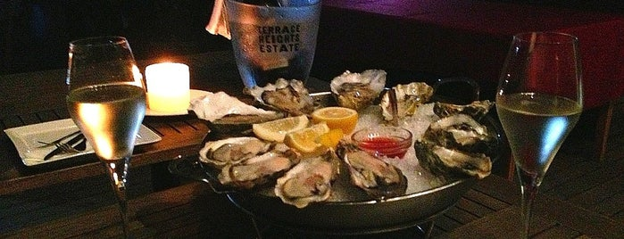 The Plump Oyster is one of Shanghai.