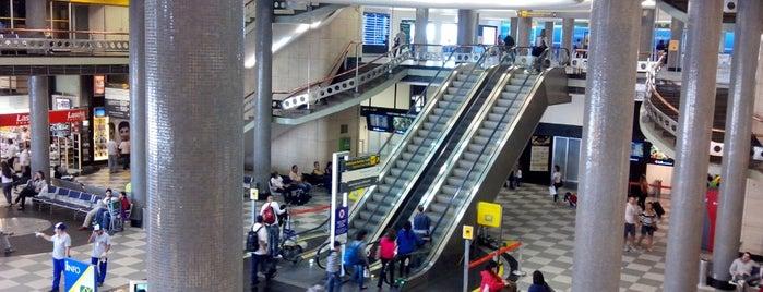 Sao Paulo Airport / Congonhas (CGH) is one of Transporte.