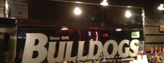 Bulldogs Bar is one of Places to try: fun.