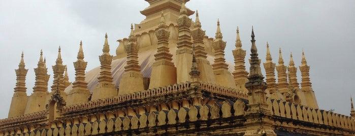 พระธาตุหลวง is one of Holy Places in Thailand that I've checked in!!.