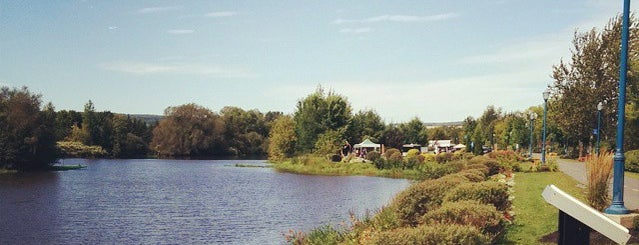 Les Passerelles is one of A local's guide: 48 hours in Saint-Georges, QC.
