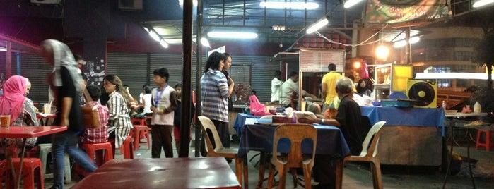Arumugam's Naan & Tandoori is one of ampang food place, selangor.