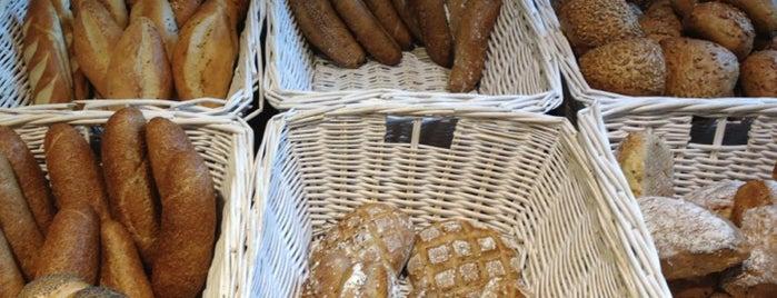 Bäckerei Felzl is one of vegan (friendly) vienna.