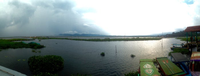 Rawa Pening is one of Must-visit Great Place in Ambarawa-Salatiga.