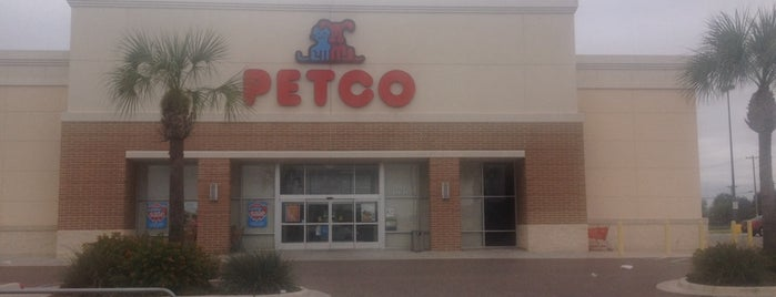 Petco is one of mascotas.