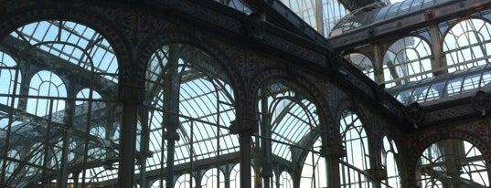 Palacio de Cristal del Retiro is one of Favorite Places Around the World.