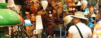 ตลาดนัดจตุจักร (Chatuchak Weekend Market) is one of Bangkok (กรุงเทพมหานคร).