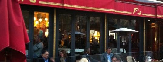 Le Fouquet's is one of เที่ยวช้อปปิ้ง Paris!.