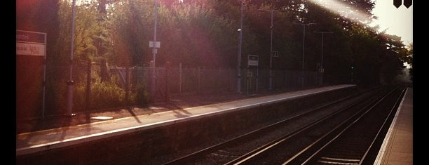 Aylesford Railway Station (AYL) is one of Train stations.