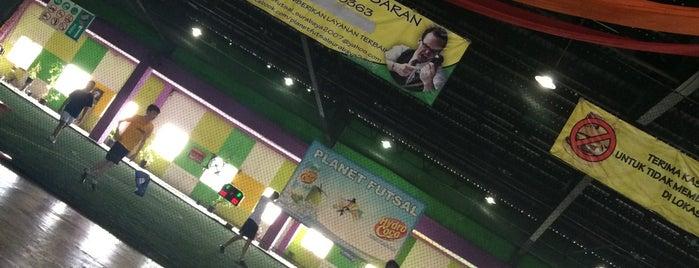 Planet Futsal is one of Lapangan Futsal.