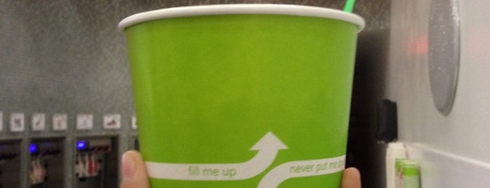 Razzleberriez Frozen Yogurt is one of Must-visit Food in Glendale.