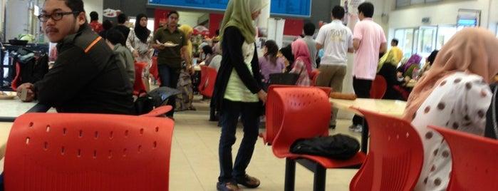 Cafe UTeM 1 is one of UTeM.