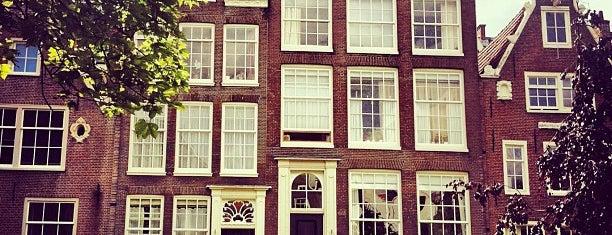 Begijnhof is one of My favorites in Amsterdam.